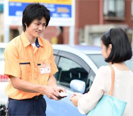 坂戸市の鍵屋スタッフが現場で無料お見積りいたします